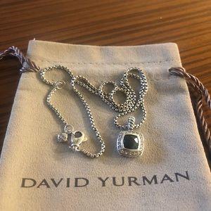 David Yurman petite albion necklace w/ black onyx